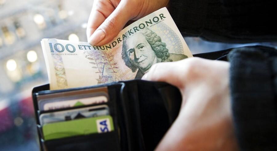 »En pengepung med penge i udfordrer vores ærlige selvbillede,« skriver Asmus Leth Olsen i forbindelse med en undersøgelse af, hvor ærlige vi er. Her ligger Danmark i top efterfulgt af Sverige og New Zealand. Arkivfoto: Jonathan Nackstrand/Ritzau Scanpix