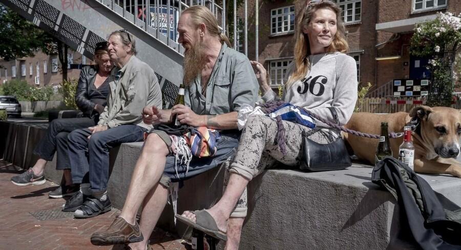 Charlotte, Henrik, Brynjar og Puk kommer dagligt på Anker Jørgensens Plads i Sydhavnen.