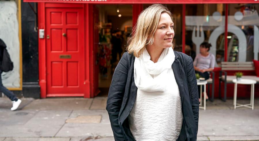 Brontë Aurell forlod barndomsbyen Høng og Danmark som 16-årig og har siden gjort sig bemærket i London ved at promovere skandinavisk mad, dansk hygge og nordisk kultur. Hun var med til at åbne cafeen ScandiKitchen samme dag, som hun fødte sit første barn.