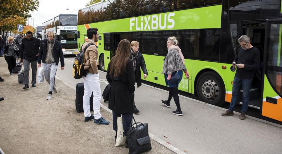 SF, der kerer sig både om de mindst velstillede og om byerne i vandkants-Danmark, burde juble over de nye ruter fra bl.a. Flixbus.