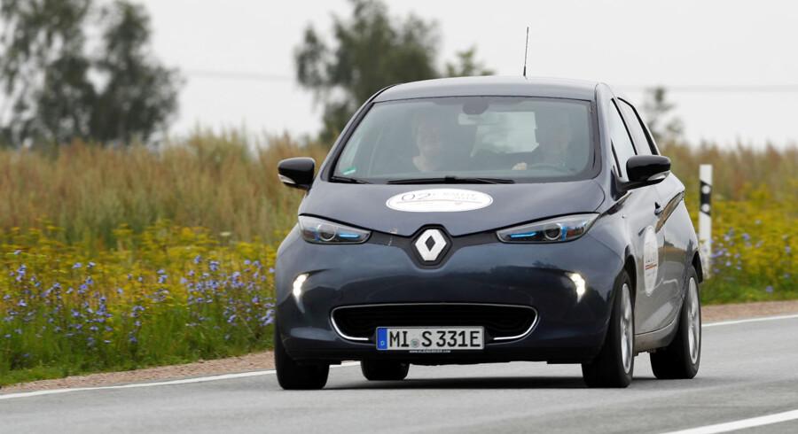 Renaults seneste nedjustering af sit indtægtsmål udstiller den tilbagegang, som den globale bilindustri. Samtidig plages selskabet stadig af skandalerne fra den tidligere adm. direktør for partneren Nissan, Carlos Ghosn.