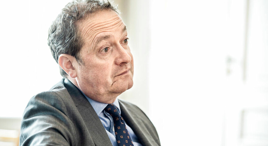 Chris Vogelzang, Danske Banks nye topchef, har overtaget en forretning, der har det svært i konkurrencen med de nordiske rivaler. Og det kan føre til ændringer af storbankens langsigtede målsætning.