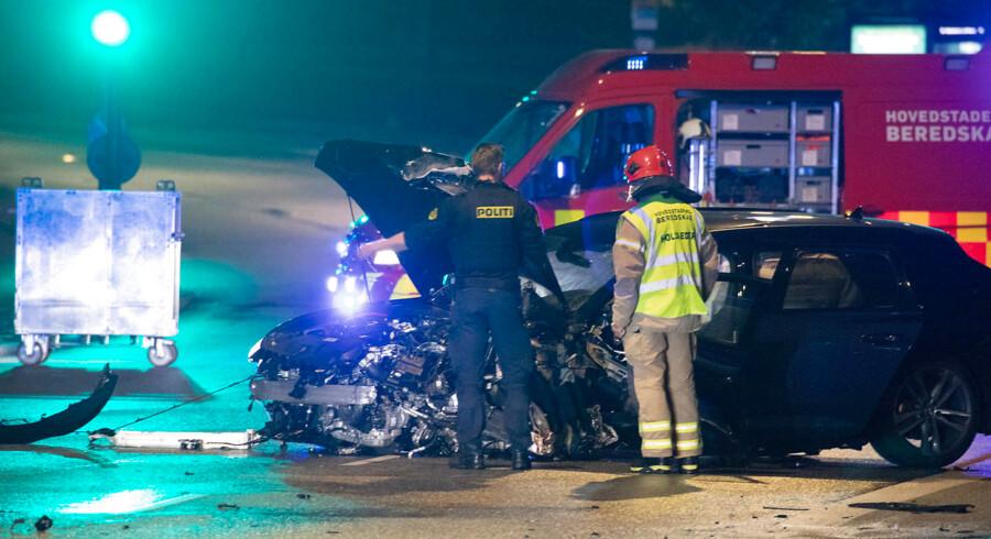 En 35-årig politimand blev 23. juli 2019 dræbt i en trafikulykke på Langebro i København. Lørdag aften blev indre København igen ramt vanvidskørsel - S, V og DF har fået nok.