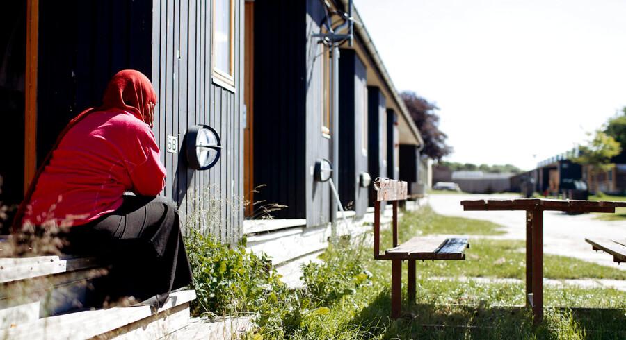 Der er med regeringens forståelsespapir lagt op til, at flygtninge skal have arbejdet samme sted i to år for at kunne få ophold i Danmark.