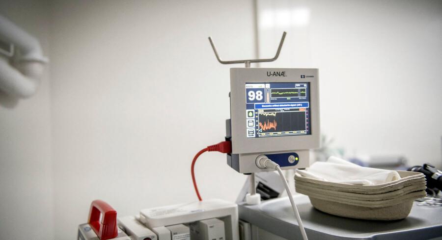 Der er strenge krav til hygiejnen på operationsstuer. På Regionshospitalet Horsens blev der onsdag fundet tordenfluer, og derfor måtte operationer aflyses. (Arkivfoto).
