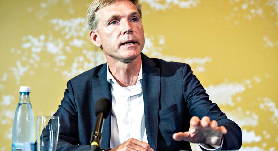 Partiformand Kristian Thulesen Dahl har lagt kursen hårdt om: Der skal ikke længere være tvivl om, at DF hører til i blå lejr.