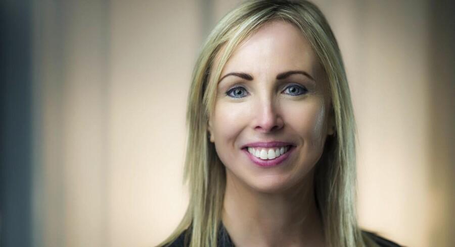 Tag ikke fejl af smilet. Helen Dixon er som direktør for det irske datatilsyn den første anstødssten, som teknologigiganterne møder, når de lander i Irland.