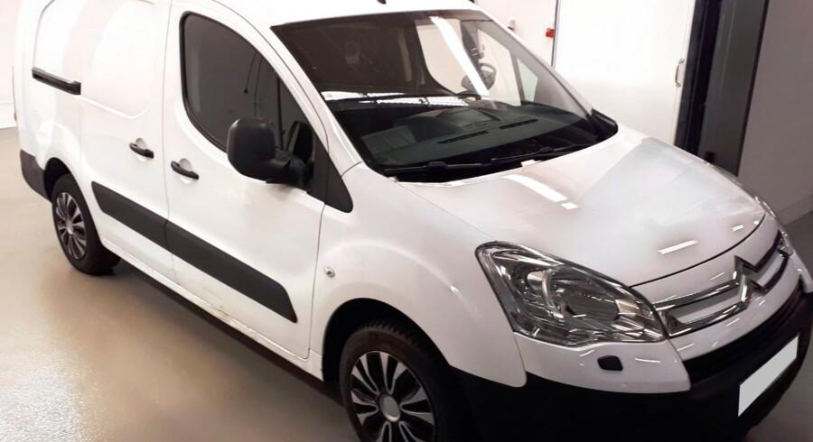 Det er denne hvide varevogn, som Københavns Politi søger oplysninger om.