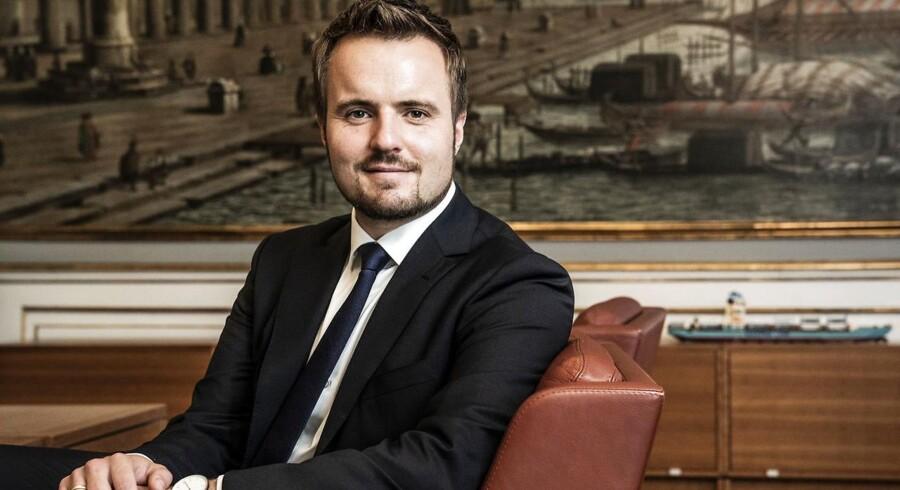 Landets nye erhvervsminister Simon Kollerup (S) vil holde øje med, om finanssektoren overholder aftalen med resten af samfundet. Det handler ikke kun om regler og love, men også om normer og værdier.