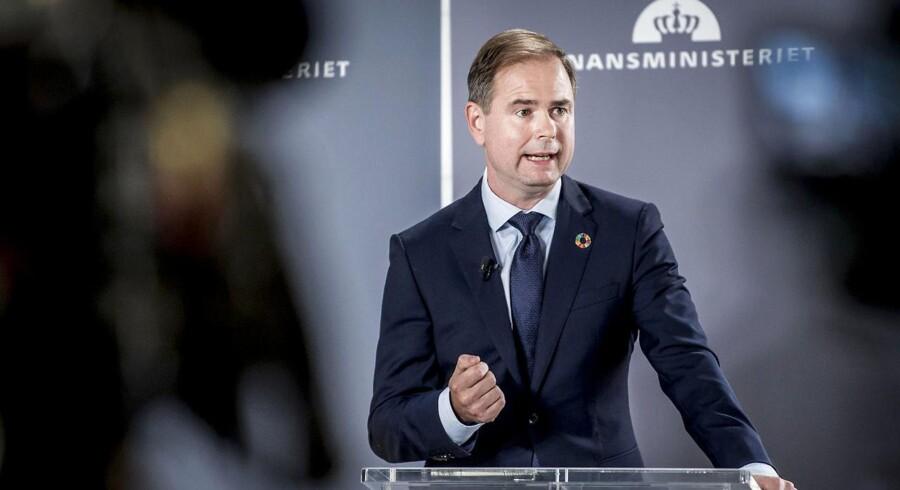 Finansminister Nicolai Wammen (S) har interesse i at gennemføre et kasseeftersyn for at finde efterladte regninger fra den gamle regering for at dæmpe forventningerne til, hvad der skal ske med den offentlige velfærd og klimapolitikken.