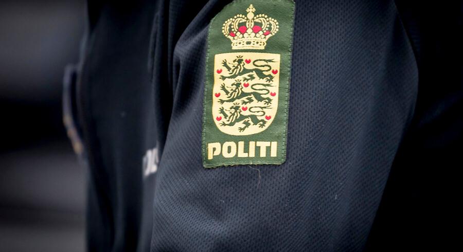 Midt & Vestsjællands Politis betjent Kim Pötner er til stede ved skolestart på Krogårdskolen i Greve, tirsdag den 13. august 2019.. (Foto: Mads Claus Rasmussen/Ritzau Scanpix)