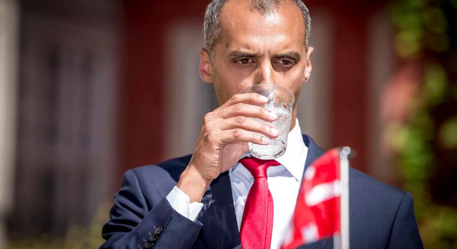 Udlændinge- og integrationsminister Mattias Tesfaye ser med blandede følelser tilbage på de 241.555 udlændinge, der siden 1983 har fået dansk statsborgerskab. Der er folk iblandt, der ikke er integrerede, siger ministeren.