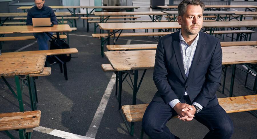 Casper Klynge havde arbejdet i konfliktzoner i Afghanistan og Kosovo, da han for to år siden blev udnævnt til verdens første tech-ambassadør. Men han havde ikke ventet den modtagelse, han fik hos en af tech-giganterne i Silicon Valley. Her er han fotograferet under en nylig teknologifestival i Kødbyen i København.