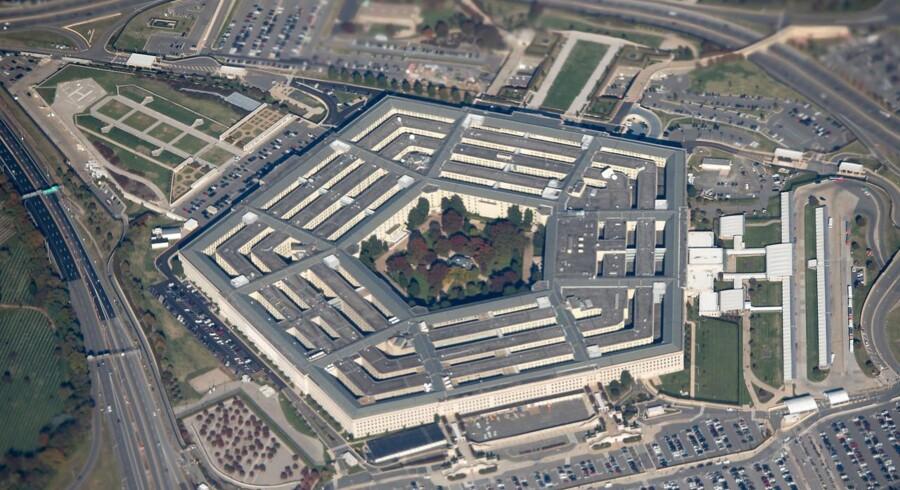 Det amerikanske forsvarsministerium i Pentagon gransker i øjeblikket, hvilke virksomheder og organisationer der har bånd til det kinesiske militær. Arkivfoto: Saul Loeb, AFP/Ritzau Scanpix