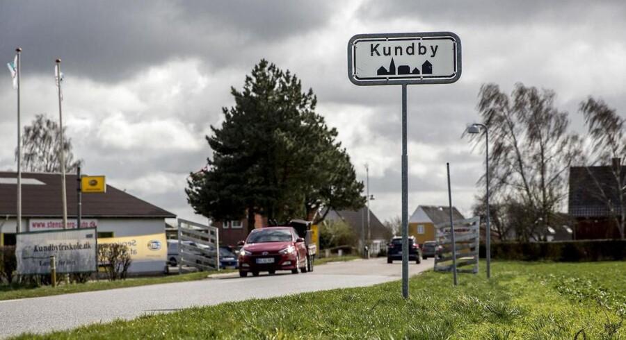 """Kundby-sagen har sat den lille, søvnige by i Vestsjælland på Danmarkskortet. Kundby-pigen blev ifølge Berlingskes oplysninger indkaldt til en såkaldt """"bekymringssamtale"""" i ugerne inden, hun blev anholdt."""