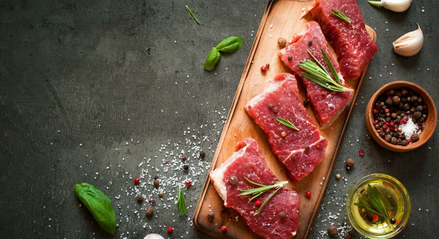 Hver femte dansker kvitter kødet mindst en gang om ugen. Årsagerne spænder fra dyrevelfærd til effekten det store kødforbrug har på miljøet.
