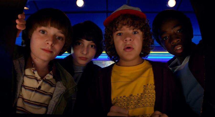 Når nørder er helte. Still fra sæsonpremieren på sæson 2 af Netflix-hittet »Stranger Things«.