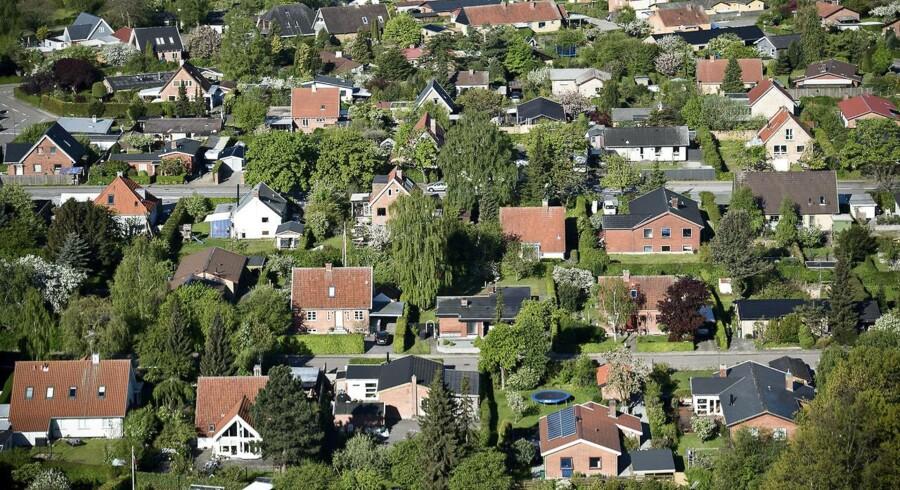 Spændet går fra et rundt nul i kommuner med de laveste grundvurderinger til godt 2.700 kroner på Frederiksberg, der har landets dyreste grunde.
