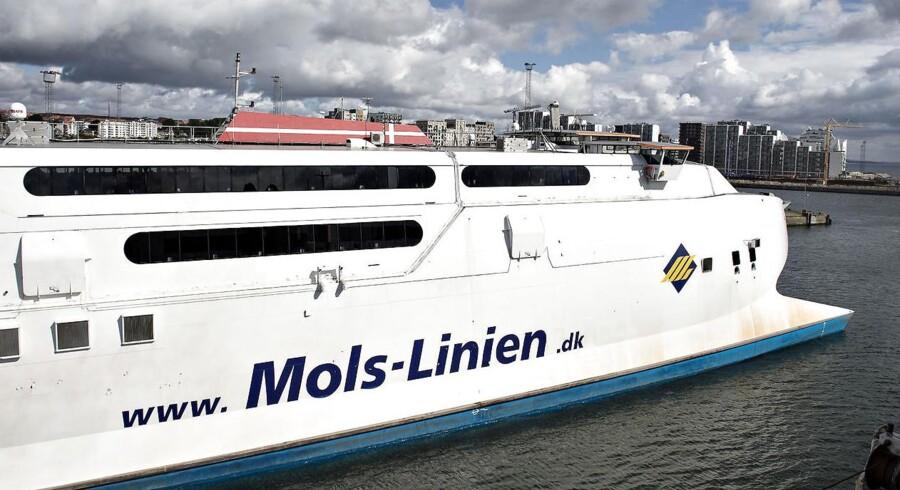 Arkivfoto. Færgetrafikken vil være påvirket i omkring en uge, efter en hurtigfærge fredag ramte en kaj i havnen på Odden.