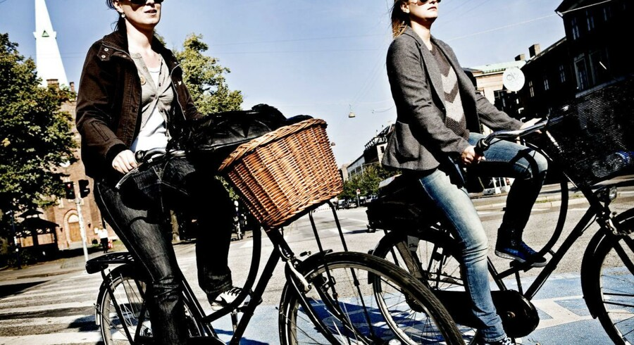 Højresvinget er ikke farligere for kvindelige cyklister end mandlige.