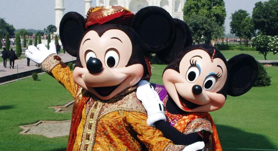 Indtjeningen i alle fire Disney-divisioner har været vigende i perioden med selskabets kabel-tv-enhed, der er koncernens største virksomhed, under pres fra højere programomkostninger, lavere annoncesalg og færre abonnenter.
