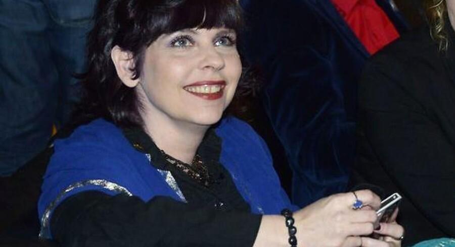 Piratpartiet med Birgita Jónsdóttir i spidsen står ifølge meningsmålinger til at kunne blive det største parti på Island, når der bliver afholdt parlamentsvalg på lørdag. Her ses Birgitta Jónsdóttir ved det seneste valg i 2013, hvor hun sammen med to andre medlemmer af partiet blev valgt ind i Altinget.