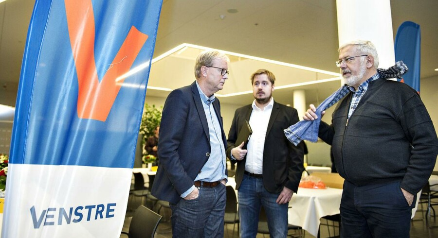 Ulrik Wilbek, borgmesterkandidat for Venstre i Viborg, ankommer til Viborg Rådhus på valgdagen under Regions- og Kommunalvalget 2017, tirsdag d. 21. november 2017.. (Foto: Henning Bagger/Scanpix 2017)
