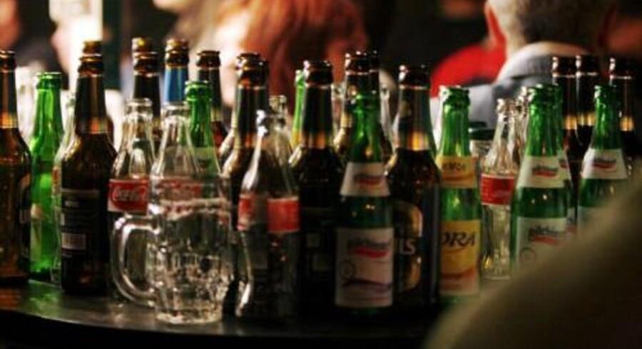 Unge skal motiveres til at undgå at drikke mange genstande på samme aften ifølge Sundhedsstyrelsen. Free/Free