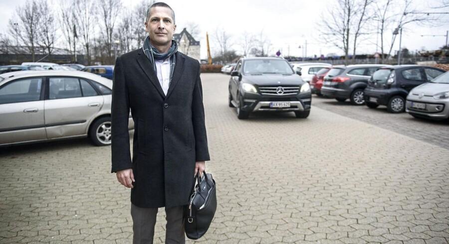 Topchefen for Atea i Danmark, Morten Felding, var en overgang sigtet i bestikkelsessagen, men politiet opgav siden sigtelsen. Her er Morten Felding på vej ind i Retten I Glostrup for at vidne i retssagen.