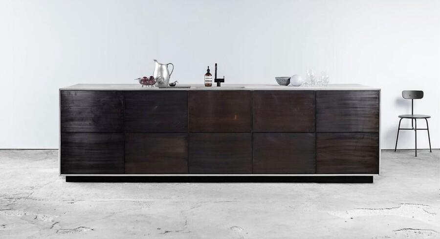 Firmaet Reform har slået sig op på at designe fronter og bordplader til Ikeakøkkener - også kaldet Ikea-hacking. Flere af fronterne er tegnet af kendte arkitekter - her Norm Architects.