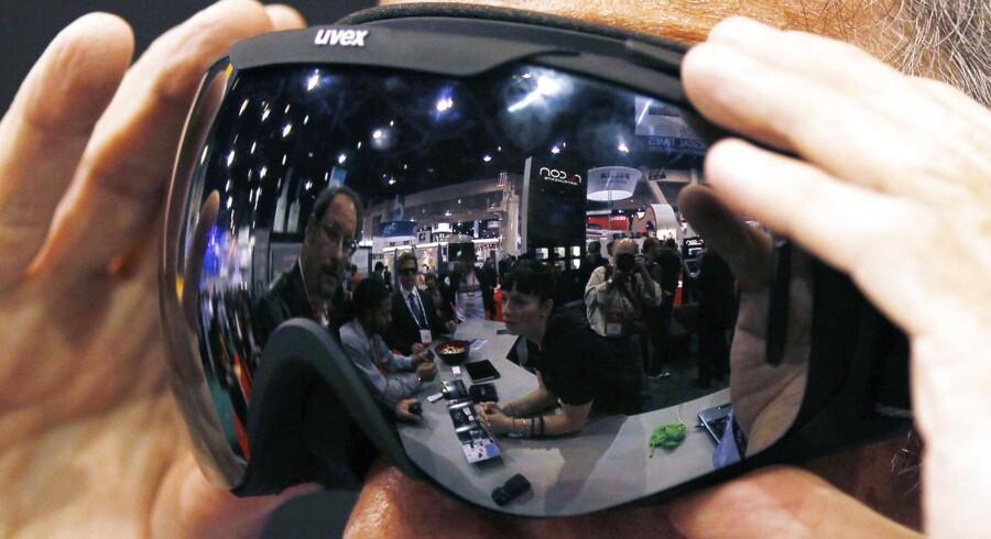 Recon Instruments producerer ski- og sportsbriller med informationsdisplay og er for nylig solgt til Intel for et formodet milliardbeløb. Det har forgyldt danskeren bag selskabet.