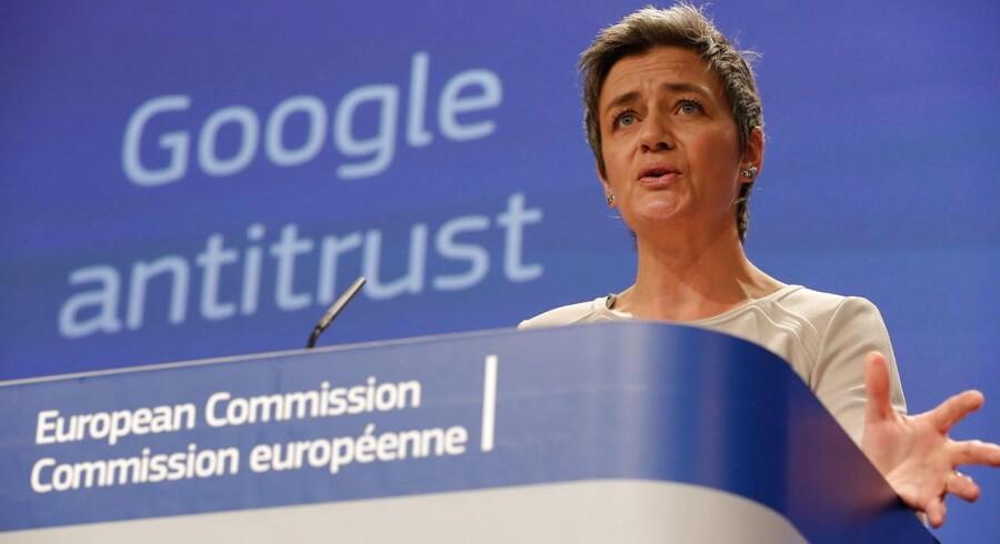 Det er præcis et år siden, at EUs konkurrencekommissær Margrethe Vestager meddelte, at konkurrencemyndighederne vil se på Googles magt over Android-mobilstyresystemet. Arkivfoto: Julien Warnand, EPA/Scanpix