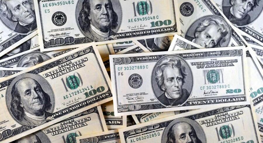 Amerikanske dollars.