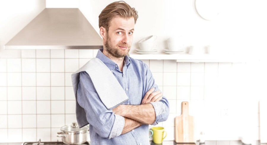 Modelfoto: Singler skal lære at omfavne madlavningen, som for mange er et af dagens trælse gøremål. Her følger en række råd til at gøre det simpelt og smart.