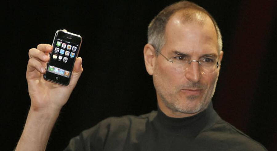 Apple-stifter Steve Jobs under præsentationen af iPhone i 2007.