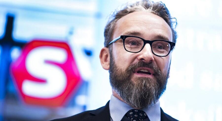 Transportminister Ole Birk Olesen (LA) til Pressemøde i transportministeriet om udlicitering af S-togsdriften onsdag d.13. december 2017.
