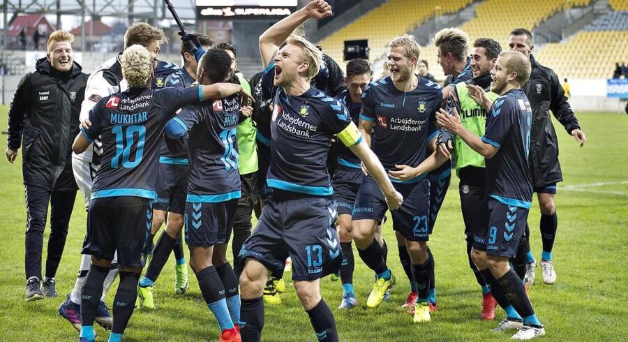 AC Horsens - Brøndby IF , Alka Superliga, Casa Arena, Horsens, 12.marts: Brøndbys spillere fejrer sejren (foto: Henning Bagger / Scanpix 2017)
