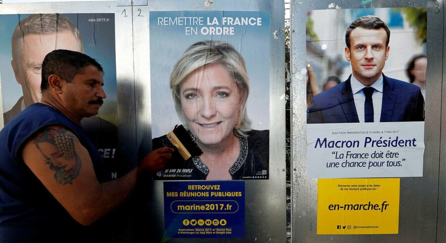 Valgplakater: Marine Le Pen og Emmanuel Macron.