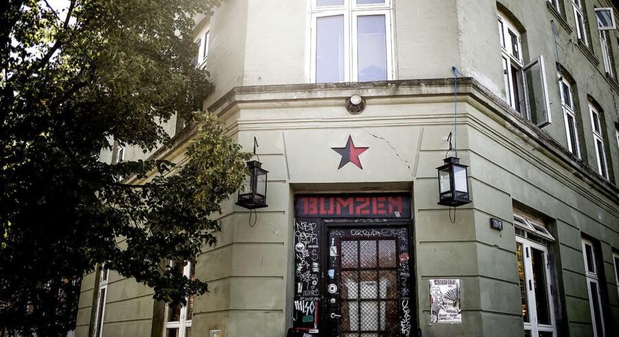 BMINTERN - Bumzen på Nørrebro er et tilholdsted for bevægelsen Reclaim the streets, som arrangerer arrangementer i København, som handler om at bruge gademiljøet som et fællesareal. Bevægelsen har flere gange været sat i forbindelse med voldelige episoder på bl.a. Nørrebro.
