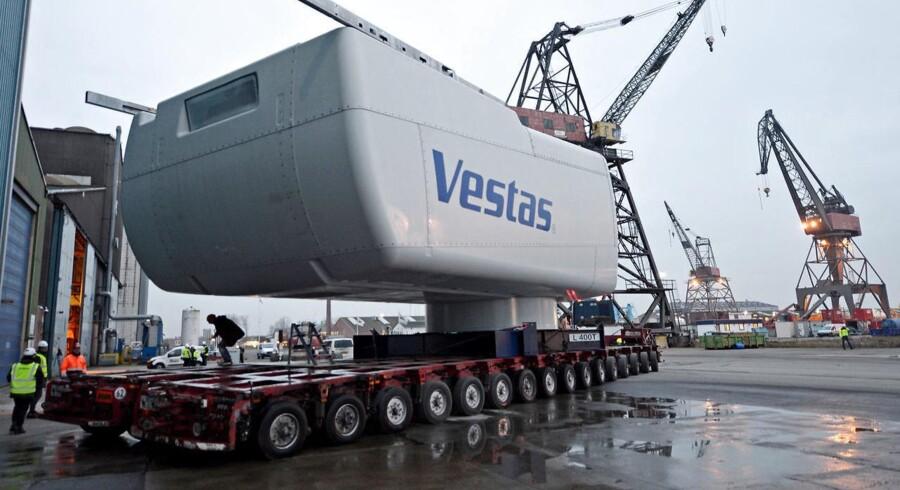 Vestas har modtaget en fast og ubetinget ordre i USA på i alt 200 megawatt bestående af 100 styk vindmøller af typen V110-2.0 Det oplyser Vestas i en meddelelse til fondsbørsen.