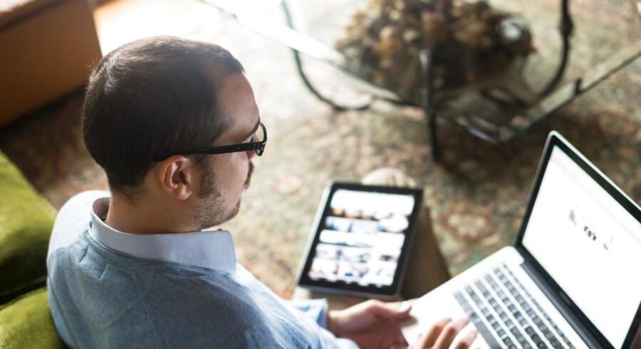 Det kræver solide internetforbindelser gennem jorden at holde hjemmets bestand af computere, tavle-PCer og mobiltelefoner på det trådløse hjemmenet, så man kan arbejde, se film og spille spil. Foto: Iris/Scanpix