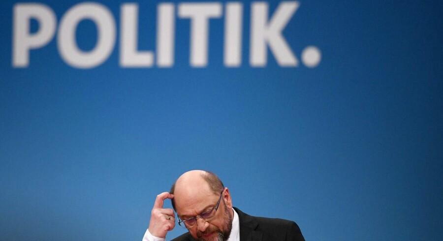 Martin Schulz (SPD) skal alligevel ikke være udenrigsminister i Merkels regering.