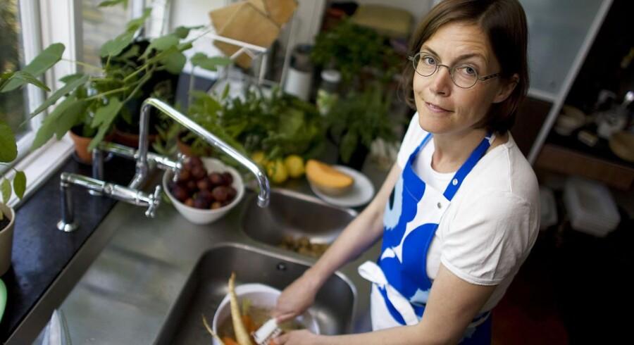Katrine Klinken i køkkenet. Foto: Rune Evensen
