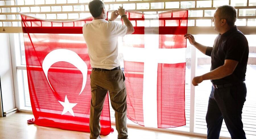 Tyrkisk valgfest på Strandgårdsskolen for dansk/tyrkere, der følger med i valgresultatet i det tyrkiske valg. 24. juni 208.