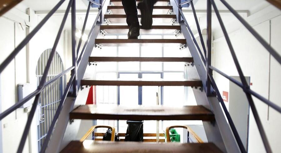 Brøndby Kommune og Kriminalforsorgen er dømt ansvarlige for, at en fængslet mand blev smidt ud af bolig.