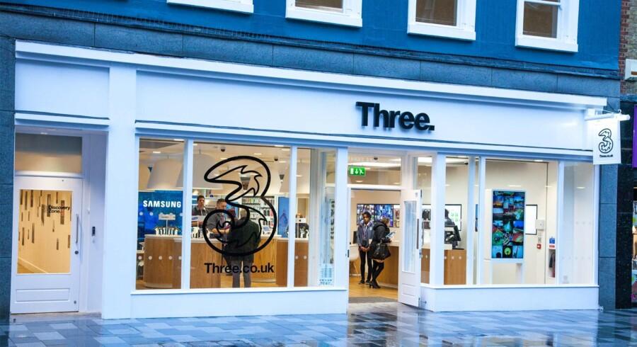 Hvor »3« i Danmark er begejstret for, at fusionen mellem Telia og Telenor gik i vasken, er »3« i Storbritannien selv involveret i en fusion, der vil skabe landets største teleselskab - hvis EU giver lov. Foto: Three