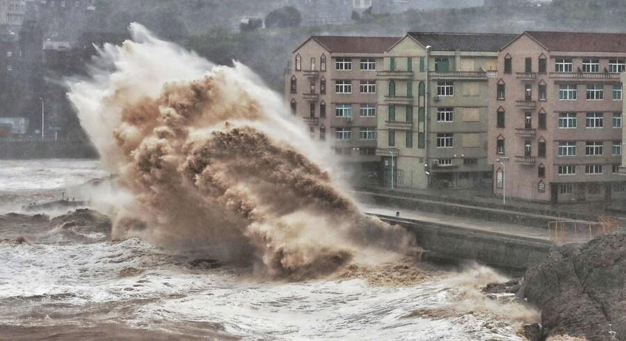 Omkring år 2100 er der risiko for, at det, der i dag betegnes som en 100 års stomflod ved en kyst, bliver en månedlig begivenhed. Forklaringen er de accelererende havvandsstigninger som følge af tiltagende afsmeltninger fra især Grønland og Antarktis.
