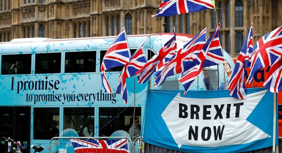 »Hvis briterne fortsat vil lade demokratiet blomstre, respektere retsstaten og tolerere frihedsrettighederne bør man efterleve folkets stemme,« skriver Caspar Stefani.