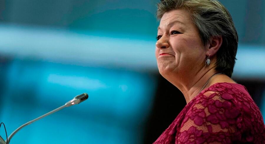 Svenske Ylva Johansson blev tirsdag grillet af parlamentarikere i Bruxelles. Den tidligere socialdemokratiske minister har erklæret sig »stolt« over den måde, Sverige håndterede flygtningekrisen på i 2015.