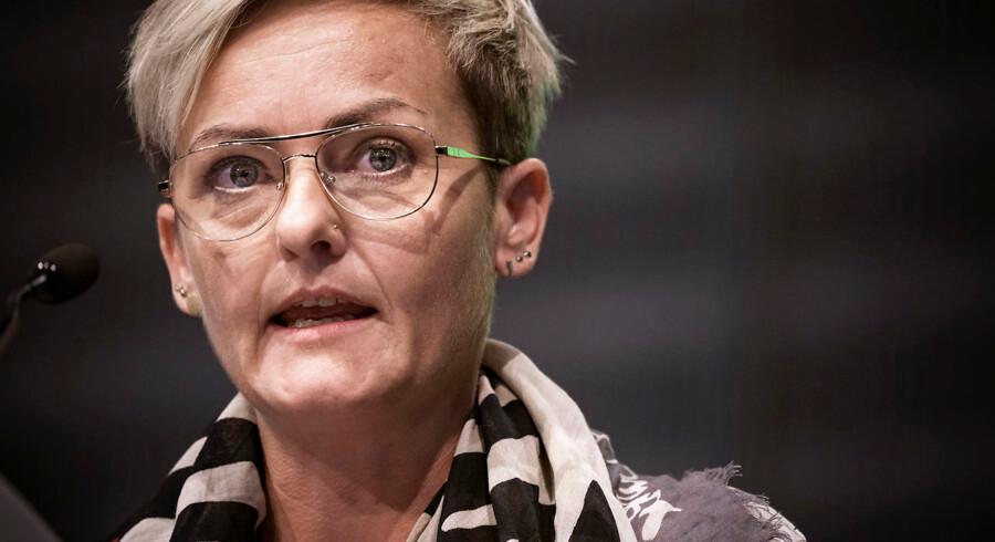 Børne- og undervisningsminister Pernille Rosenkrantz-Theil (S) lovede fremover at lytte til lærerene, da hun onsdag talte på Danmarks Lærerforenings kongres